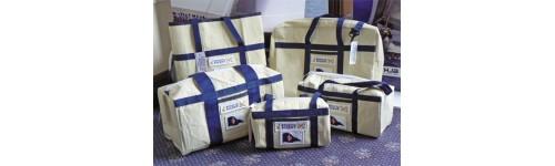 Командные сумки, рюкзаки, герметичные мешки, сумки на колесах